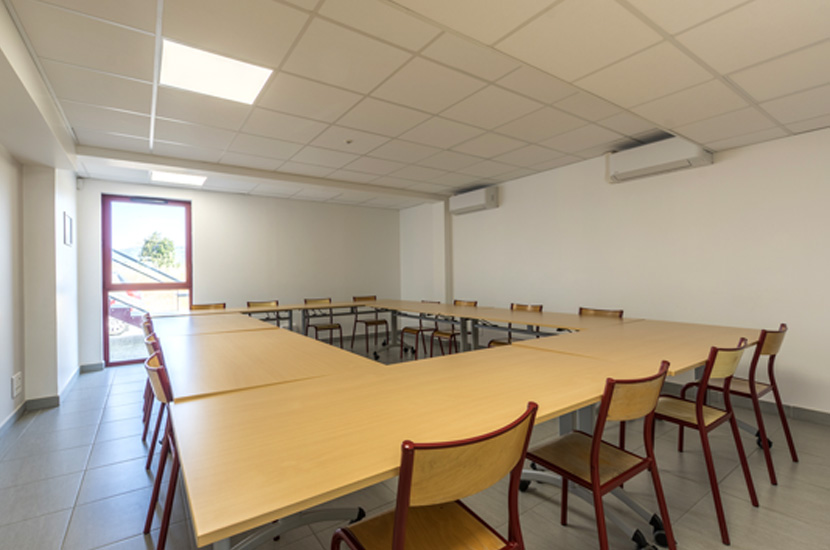 Salagou-Mourèze, salle de réunion de 15 places